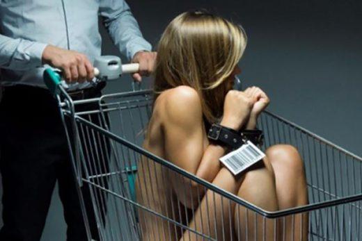 Как девушки попадают в сексуальное рабство