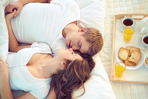 Утренний секс, польза и позы, которые стоит попробовать