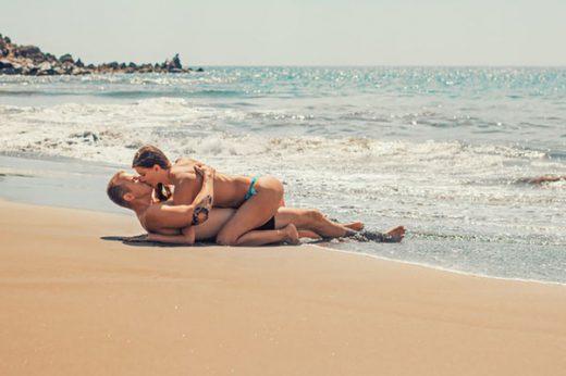 Секс на публике – извращение или способ разнообразить свою жизнь